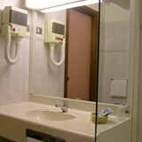 Maxim Double Room Bathroom