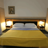 Art&Hotel Treviolo Twin Bed Room